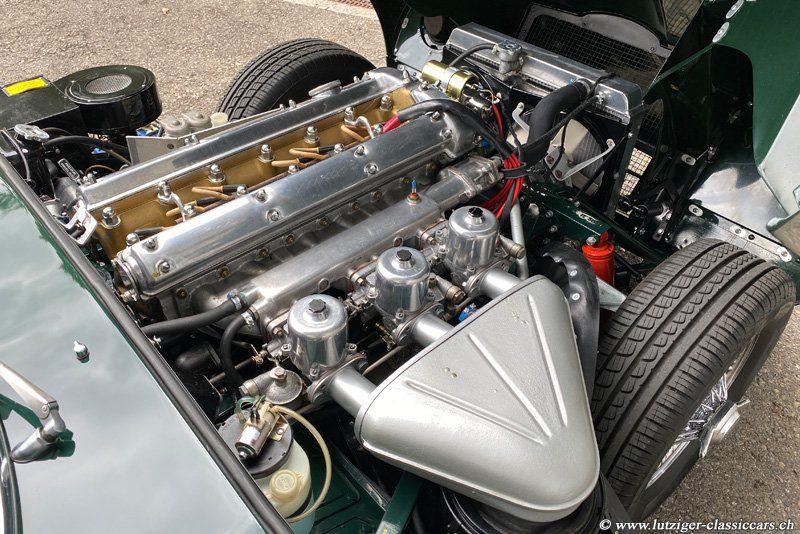 jaguar e type serie 1 4.2 1967 (48)